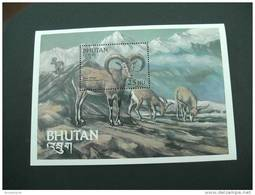 E898- Bloc MNh Bhutan 1984 Blue Sheep Sc. 419