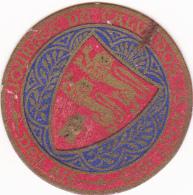 INSIGNE JOURNEE DU CALVADOS 15 AOUT 1915 DIAMETRE 3.5 CENTIMETRES - Alcools