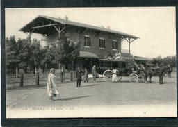 CPA - BISKRA - La Gare, Animé - Diligence Du Royal Hôtel