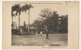 Port Louis 7 Labourdonnais Square And Place D' Armes Edit Grancourt Timbrée - Maurice