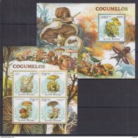 K40 Guinea-Bissau - MNH - Plants - Mushrooms