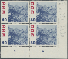 """DDR: 1961, 40 Pfg. Titow, Viererblock Aus Der Rechten Unteren Bogenecke, Linke Obere Marke Mit Markantem Plattenfehler """""""