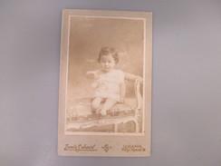 CDV PETITE FILLE   PHOTOGRAPHE LOUIS SCHMID SUISSE LAUSANNE - Cartes De Visite