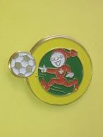 PINS 24 - FOOTBALL, SPONSOR KNORR - Football