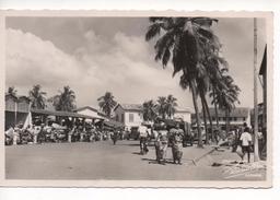 BENIN  -  ( DAHOMEY )  -  COTONOU  -   Une Vue Du Marché - Benin