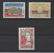 RUSSIE . YT 2979/2981 Neuf ** 25e Anniversaire Des Républicains Soviétiques D'Estonie,Lettonie Et Lituanie 1965