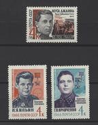 RUSSIE . YT 3068/3070 Neuf ** Héros Soviétiques  1966