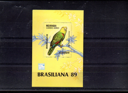 NICARAGUA BLOC 190** SUR UN PERROQUET POUR L EXPO BRASILIANA 89