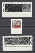 RUSSIE . YT 3172/3174 Neuf ** Luna IX 1966