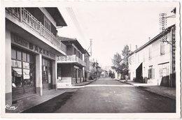 07. Pf. LALEVADE-D'ARDECHE. Le Centre De La Ville. 1 - France