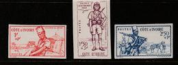 COTE D'IVOIRE N° 162/164 SÉRIE DITE DE LA DÉFENSE DE L'EMPIRE NON DENTELÉ NEUF SANS CHARNIERE - Costa D'Avorio (1892-1944)