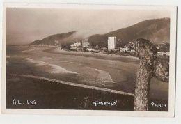 BRAZIL - GUARUJA -  PRAIA - RPPC POSTCARD -  1940s ( 590 ) - Cartes Postales