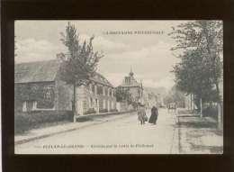 35 Plélan  Le Grand Arrivée Par La Route De Ploërmel édit. Waron N° 8810  Animée - Autres Communes