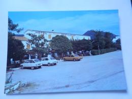 SISTERON HOTEL LES CHENES ROUTE DE GAP - Sisteron