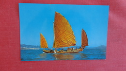 China (Hong Kong) Chinese Fishing Junk   Ref  2588 - China (Hong Kong)