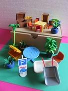 054 - Mobiliers Et Accessoires Divers Playmobil Géobra - 21 Objets - Playmobil