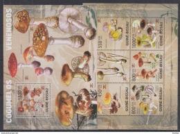 P40 Guinea-Bissau - MNH - Plants - Mushrooms - 2009