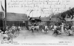 LAOS: LUANG PRABANG Le Roi Sisavong Est Porté Processionnellement Au Palais Pour Y Recevoir La Couronne- CPA Série B N°7 - Viêt-Nam