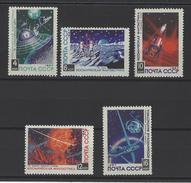 RUSSIE . YT 3282/3286  Neuf ** Fantastique Cosmique 1967