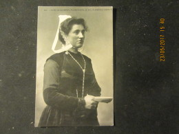 Cpa Coiffe De Quimper, Plomodiern, St. Nic, Lonévez-Porzay - Costumes