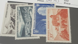 LOT 354580 TIMBRE DE FRANCE NEUF** N°84& A 843 VALEUR 22,3 EUROS