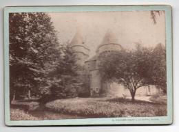 (Photo) 156, Indre Château De La Motte Feuilly, Photo L Pouget Phot Collé Sur Carton 18 X 13 Cm, Papier Mat, état Voir S - Lieux