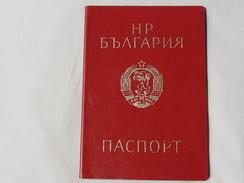 Passeport BULGARIE 1982 Visas USSR    Reisepass Pasaporte Border Stamp A 132 - Documenti Storici