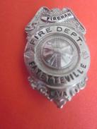 FIREMAN FIRE DEPARTMENT FAYETTEVILLE W.VA  RUSSEL UNIFORM NEW-YORK=>USA Plaque Identity Militaire-Militaria-ARMY - Firemen