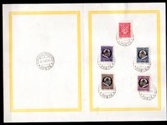 1940    Pie XII, Sur Feuille, 90 / 94,  Cote 4,50 €,(MI 5 €),