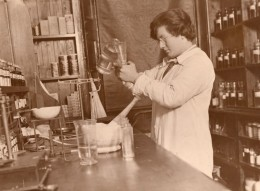 Royaume Uni Jeune Pharmacienne Helena Stewart Ancienne Photo 1930 - Professions