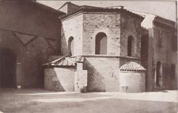 CARTOLINA - RAVENNA - BATTISTISTERO DEGLI ARIANI - SECOLO VI. A SINISTRA LA CASA DI DROEDONE. - Ravenna