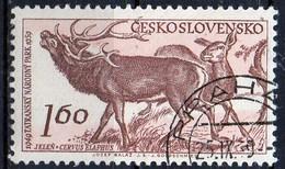 PIA - CECOSLOVACCHIA  - 1959 : 10° Anniversario Del Parco Nazionale Dei Monti Tatra  : Cervo E Daino   -  (Yv 1041 )