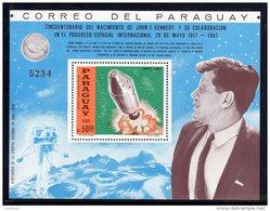 ESPACE - PARAGUAY -  BLOC   DENTELE ** (1967)  J.F  KENNEDY