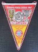 Europa-Pokal Sieger F.C. BAYERN Munchen  FOOTBALL CLUB, SOCCER / FUTBOL / CALCIO, OLD PENNANT, SPORTS FLAG - Uniformes Recordatorios & Misc