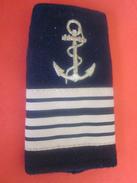 Passant épaule Tissu Galon Grade D'Officier Supérieur Brodé Or Fond Noir-Marine Nationale Française Militaria>Équipement - Equipement
