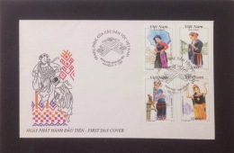 FDC Vietnam Viet Nam Cover With Perf Stamps 1997 : Vietnamese Ethnic Costume (Ms758)
