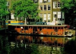 Postcard - Amsterdam - Holland - Singel, With House-boat For Cats VG - Postcards