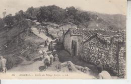 ALGERIE - Entrée Du Village Kabyle