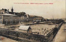 Institut Saint-François De Sales - Berck Plage - La Cour D'entrée - Cliché Léon - Carte Non Circulée - Health