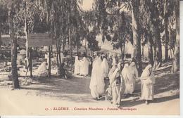 ALGERIE - Cimetière Musulman - Femmes Mauresques