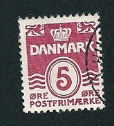 N° 132 Série Courante CHIFFRE 5  Timbre Danemark (1921) Oblitéré