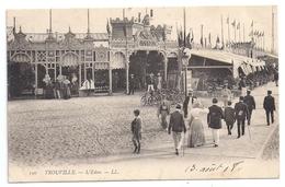 CPA Trouville 14 Calvados L' Eden Casino Boutique Avec Maquette Voilier En Exposition éditeur LL N°190 - Trouville