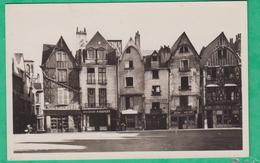 37 - Tours - Place Plumereau - Vieilles Maisons - Editeur: La Cigogne N°27