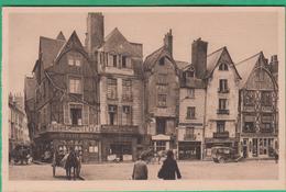 37 - Tours - Place Plumeran - Vieilles Maisons - Editeur: Yvon N°9