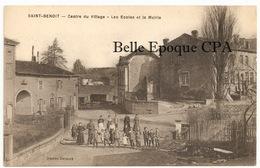 88 - SAINT-BENOIT-la-CHIPOTTE - Centre Du Village - Les Écoles Et La Mairie +++++ Photo Thiriet +++++