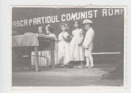 Romania Childrens Communist Propaganda Photo 85/65 Mm - Szenen & Landschaften