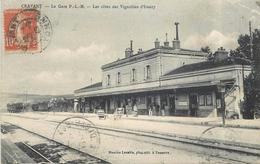 CRAVANT - La Gare P.L.M., Les Côtes Des Vignobles D'Irancy. - Stations - Zonder Treinen