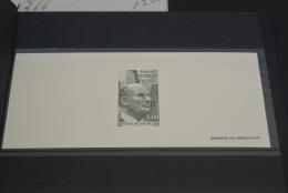 M2356- Gravure Des Timbres-poste De France 1997- YT 3042- Francois Mitterrand - Documents Of Postal Services