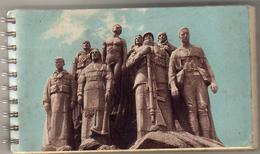 MILITARIA  SUPERBE CARNET SPIRALÉ COMPORTANT 28 Cartes Postales Et Un Agenda 1939 Où Sont Présentées Nos Troupes - Manoeuvres