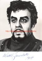 Wassili Janulako Opera - Autogramme